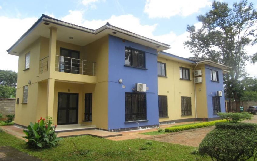 3 bedrooms double storey flats for rent