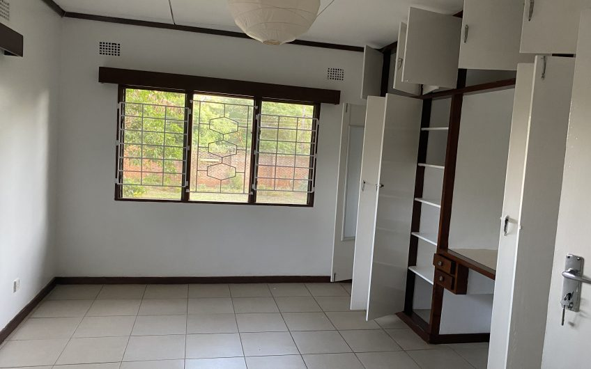 Property for rent along Barron Avenue…. 4 bedroom with 2 rooms en-suite