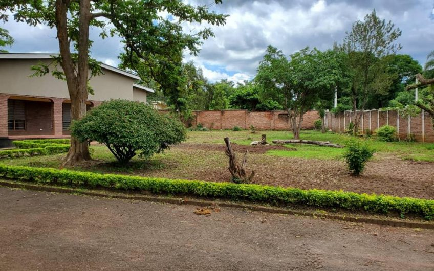 Area 9, 4 bedrooms standalone house for rent