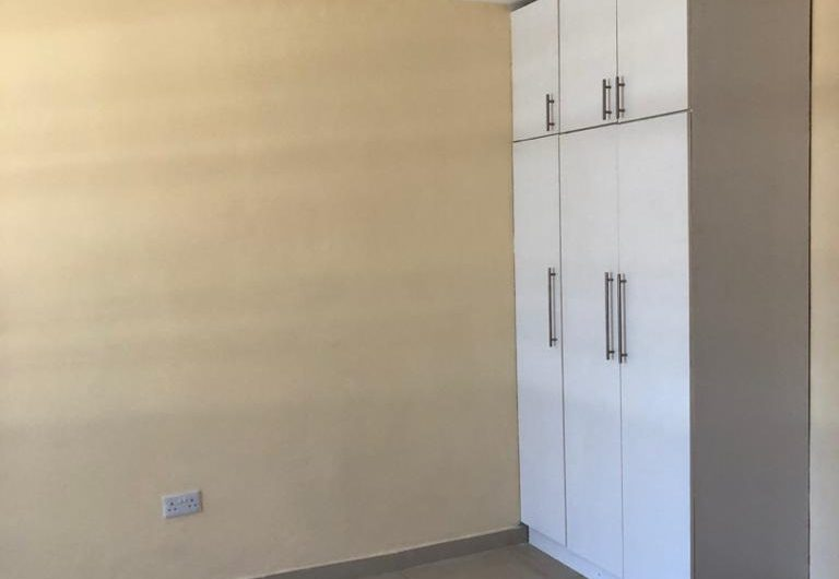 4 bedrooms newly built town houses for rent in area 3 all bedrooms en-suite