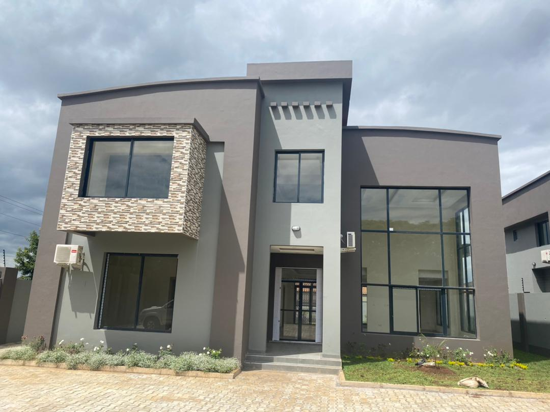 4 bedrooms newly built town houses for rent