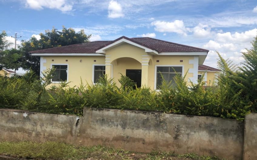 Area 49 3 bedrooms flats for rent