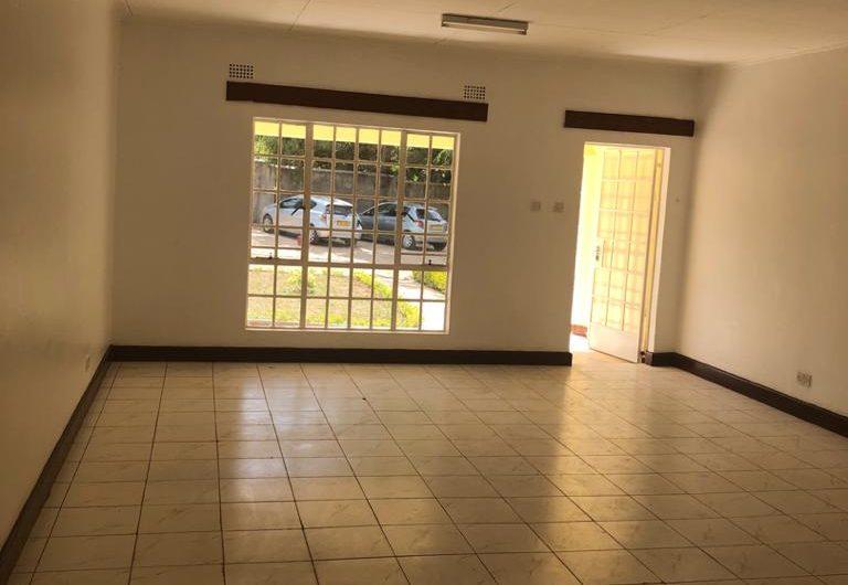 3 bedrooms one en-suite for rent in area 3