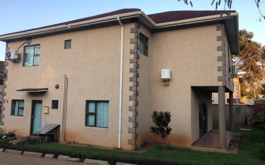 3 bedrooms all en-suite double storey flats for rent in 43